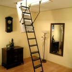вертикальная мансардная лестница