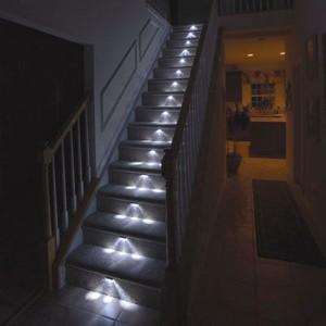 прямая лестница с подсветкой