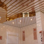 Фотография потолка в ванной